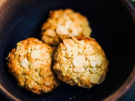 Маслени бисквити с бадеми - снимка на рецептата